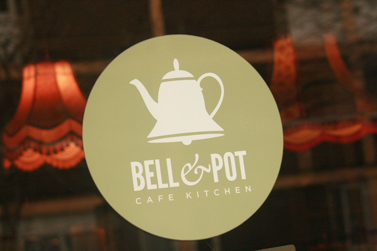 The Bell and the Pot 031