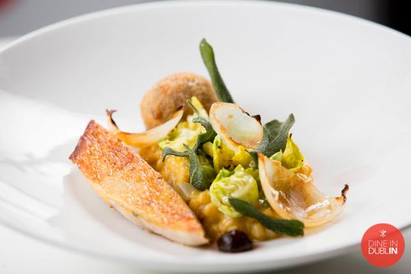 guinea-fowl-pichet-dish