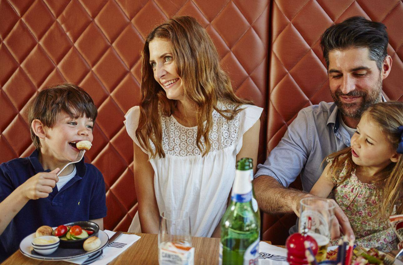 10 Great Places To Eat With Kids In Town